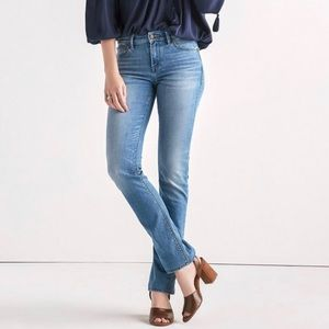 BNWT Lucky Jeans Mid Rise Straight